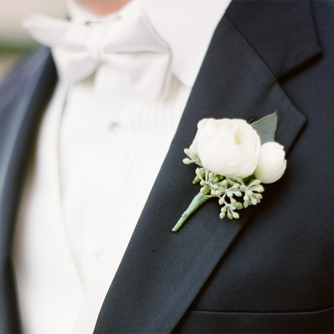 This One's For You Boys: Boutonnieres!
